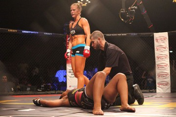 holly-holm-360x240.jpg